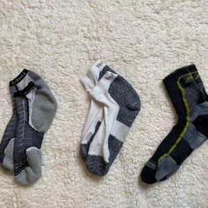 ✨bundle✨ 3 pairs athletic socks